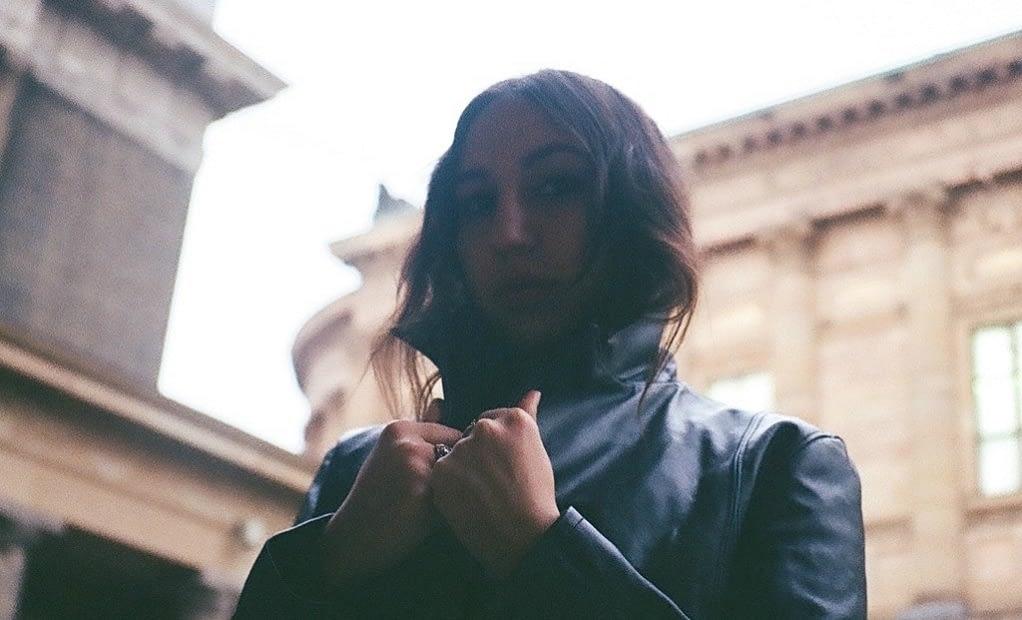 Марта де Паскалис выпустила третий LP «Sonus Ruinae» 1