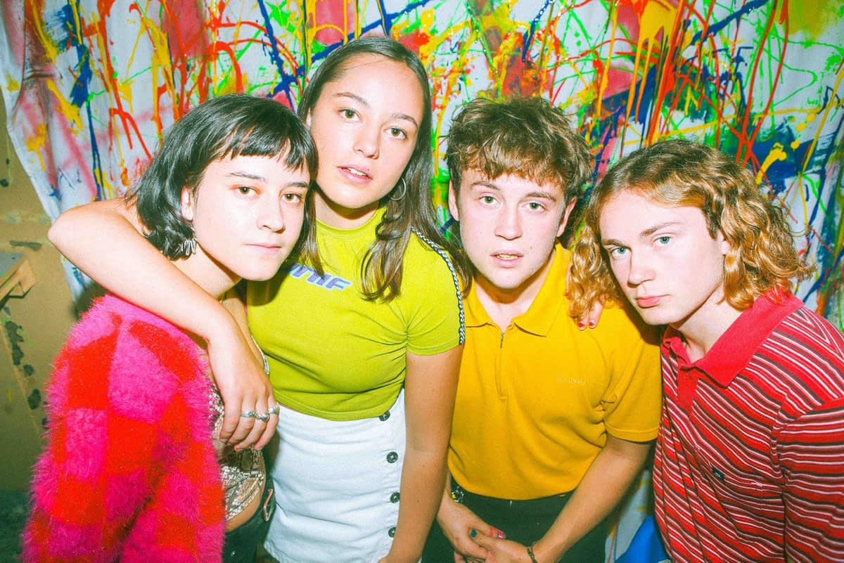 """The Orielles находят верный ключ к собственному звучанию в новом сингле """"Bobbi's Second World"""""""