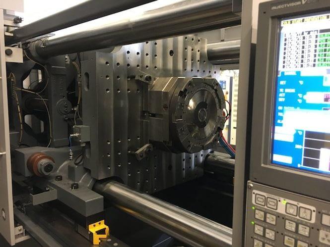 Новая технология литья под давлением может революционизировать производство виниловых пластинок 1