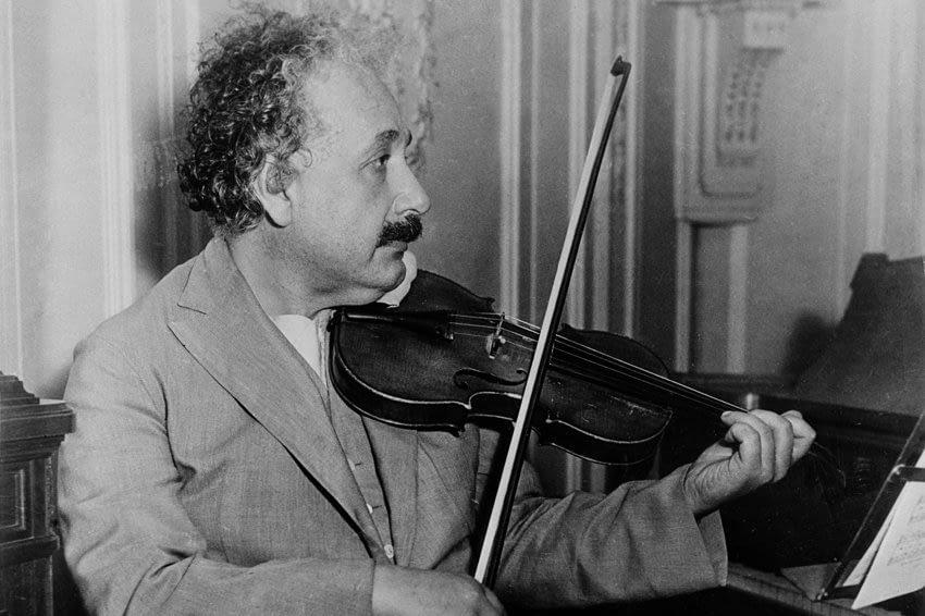 Коллекция виниловых пластинок Альберт Эйнштейна станет экспонатом выставки